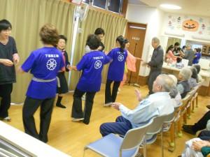 下田商工会「みんなで一緒に踊りましょ」