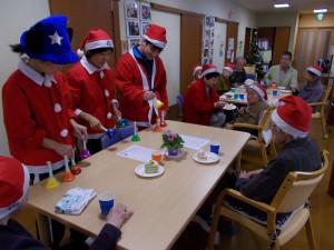 GHクリスマス交流会「クリスマスと言えばハンドベルですね」