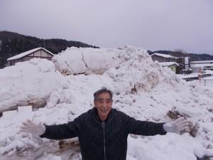 GH除雪「背丈の2倍くらいの雪山になりました」